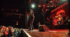 queensrychegeofftate-houseofblues-lasvegas_nv-20140402-johnbarry-slider_big-620x400